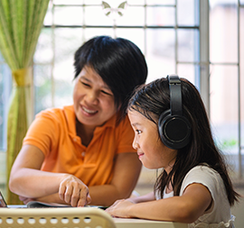 Trik supaya Anak Semangat Belajar Online